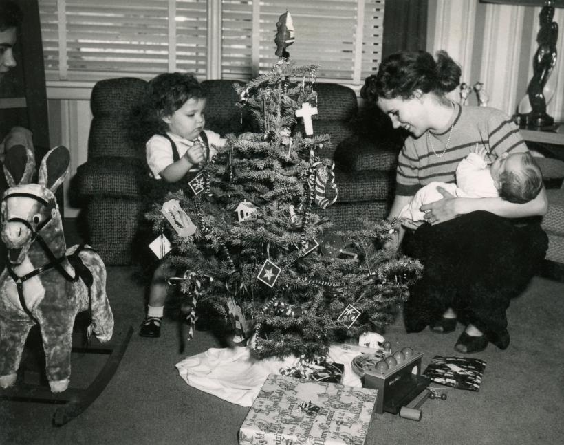 COSTELLO Christmas, 25 December 1952