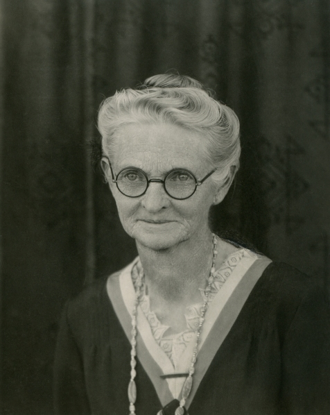 CHENEY, Louise Delina, portrait