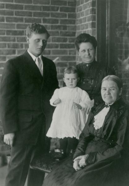 THOMASEN, Maren with the Shurtliffs